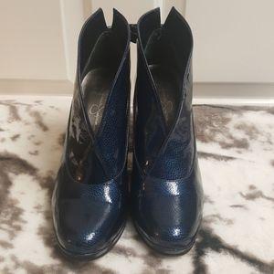EUC Jessica Simpson Blue Navy Ankle Bootie 8.5